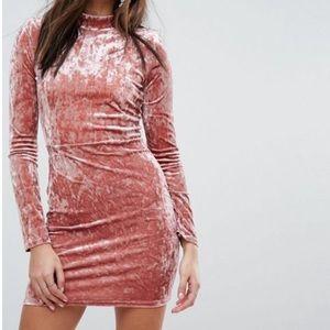 PrettyLittleThing crushed velvet bodycon dress